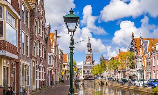 The Netherlands: pandemic not enough to cool down its red-hot housing market