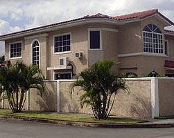 Properties in Parque Lefevre Panama