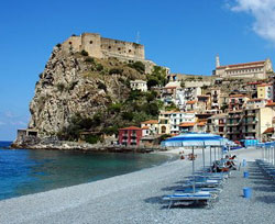 Properties in Calabria Lomabardy