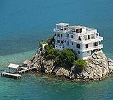 Honduras Dunbar Rock Luxury villa-hotel