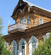 Russia intricate wooden architecture